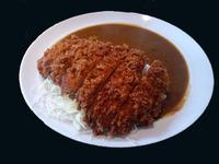 宮崎生まれ、宮崎育ち!日本一のブランド牛「宮崎牛」をコトコト煮込んでカレールゥーにくわえました。