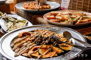 旬菜食健ひな野 マルヤマクラス店の料理・店内の画像1