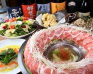 【楓コース】 メインにはイベリコ豚の肉焚き鍋でインスタ映えはもちろん、2時間飲放付きでコスパも◎
