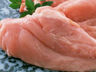 合わせる食材で味わいの変わる「胸肉」