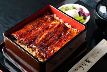 食べやすさへのこだわりの技が光る『うな重 菊』(骨抜き鰻)