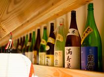 立山連峰の水の恵み富山の地酒がズラリ