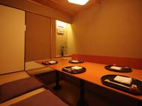 落ち着いた空間でいただく日本料理。接待にも最適です