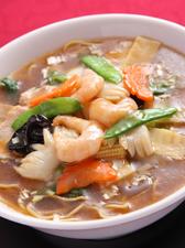 創業25年、ダントツの人気を誇る『五目スープそば』
