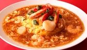 人気NO.1 具沢山の天津飯には海老+蟹入りです。