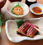 小名浜のおばあちゃんの味が味わえる、定番『金目鯛煮付け膳』