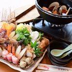 十種類の魚介たっぷり!海鮮漁師鍋 1人前2,200円 2~3人前4,950円