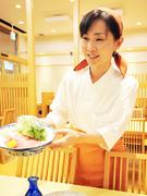 女将が選んだ魚料理に相性のいい日本酒がそろっています
