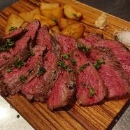 牛ハネシタのステーキ