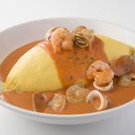 魚介のトマトクリームオムライス