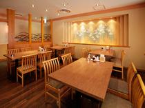 落ち着いた雰囲気のテーブル個室