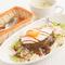 ハワイの定番料理をアレンジ『ロコモコプレート』
