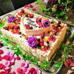 系列店のパティスリーCafe Astiy パテシエ佐々木がつくるオーダーウェディングケーキは圧巻!