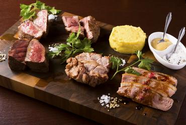 これぞ肉イタリアンの真骨頂『スーパーCARNEYAオールスターズ』