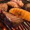 肉料理の肝は、炭火焼き!