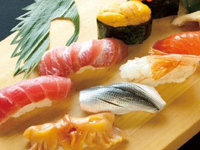豊洲から仕入れる新鮮で旬の食材で寿司や料理をご提供致します!