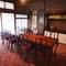 8名までお寛ぎ頂けるテーブル仕様の個室は、会食などにお勧め