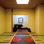 最大20名座れる個室があり、宴会にも対応できます