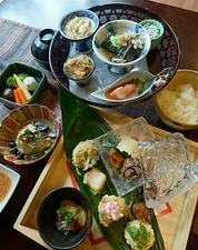 創意和食野むらのお昼で味わう旬の素材を使い、季節の恵みを感じられる『お昼の御膳』