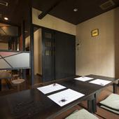 テーブル席、掘り炬燵席、個室風席などシーンに合わせて選べます