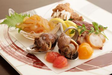 すべて旬の食材『HARAKAWA Style前菜盛り合わせ(1~2名様)』
