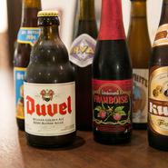 「オルヴァル」や「デュベル」など定番を5種類と、「リンデマンス」のフルーツビールの1種類。「リンデマンス」はフランボアーズやカシスなど月毎にフレーバーが変わります。