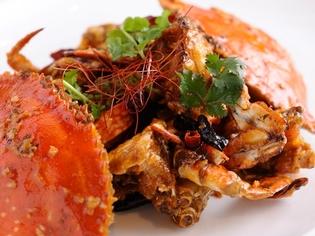 蟹の旨みをうまく利用した『活蟹のシンガポール風チリ炒め』
