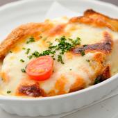 まろやかな明太の辛味がクセになる『ポテト明太チーズ焼』