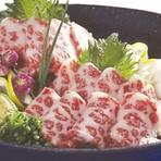 熊本の大自然とこだわりの飼料で育てられた、馬や豚たちの恵み