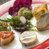 地元・鹿児島の素材をふんだんに、特に野菜づかいにはこだわり