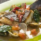 ボリューム!『錦江湾産真鯛のポアレ魚介とドライトマトソース』
