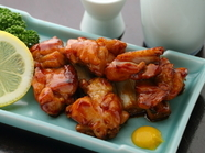 肉の旨みが凝縮された常連好みの一品『焼鳥』