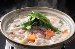豚の旨みを味わいつくす『赤城豚のとんこつ鍋』がコースに   ◆クーポン利用で→4500円!