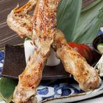 お肉好きな方におすすめ『五島地鶏しまさざなみ手羽一本焼き』