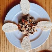 塩ダラ(バカラオ)とオレンジ・じゃがいもを使うのがマラガ風。オレンジの香りがアクセントになっています。