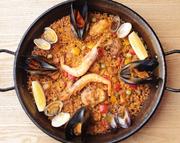 アンダルシアで日常的に食べられている雑炊風のお米料理です。魚介のエキスが凝縮されたお米と汁気が楽しめます。〆の1品にもスルスルとお召し上がり頂けます。