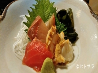 美味食冠 風流亭の料理・店内の画像1