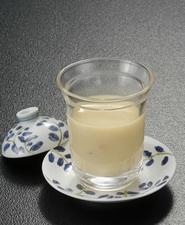 和と洋の味の融合。口の中でとろける『フォアグラの茶碗蒸し』