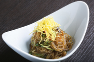韓国ではお祝いの席で食べられる伝統料理『チャプチェ』