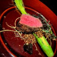 肉の旨味が楽しめる『熊本県産あか牛のタリアータ』