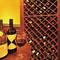 常時60種以上のワインが並んでいる専用の棚! 飲み放題も勿論OK