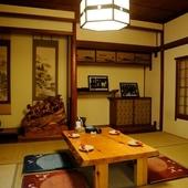 個室ならでは、ゆったりとくつろげる居心地のよい空間を演出