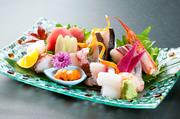 大型魚は真空機で寝かして甘味を引き出します(1種盛りできます)鯛/まぐろ/かんぱち/剣イカ/ひらめ/ウニ/あじ