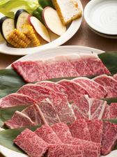 宮崎産、厳選のお肉を堪能『黒毛和牛盛り合せ』 二~三名様