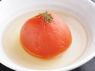 ダシと自然の酸味が共演する『トマトのおでん』