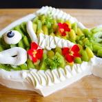 夏は見た目も涼しげなトロピカルフルーツの「めで鯛」ケーキ
