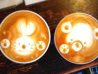 毎日自家焙煎しているコーヒーの『ラテアート』