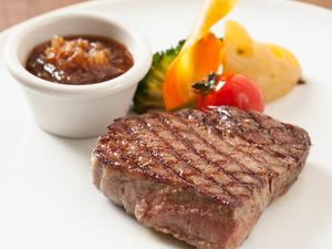 食べごたえあり、満足感たっぷり『飛騨牛100%のハンバーグ』