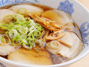 『チャーシュー麺』は自家製チャーシューをトッピング!