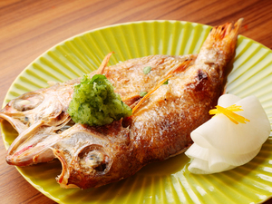 魚料理のメイン、今日は『のどぐろの干物木の芽おろし添え』